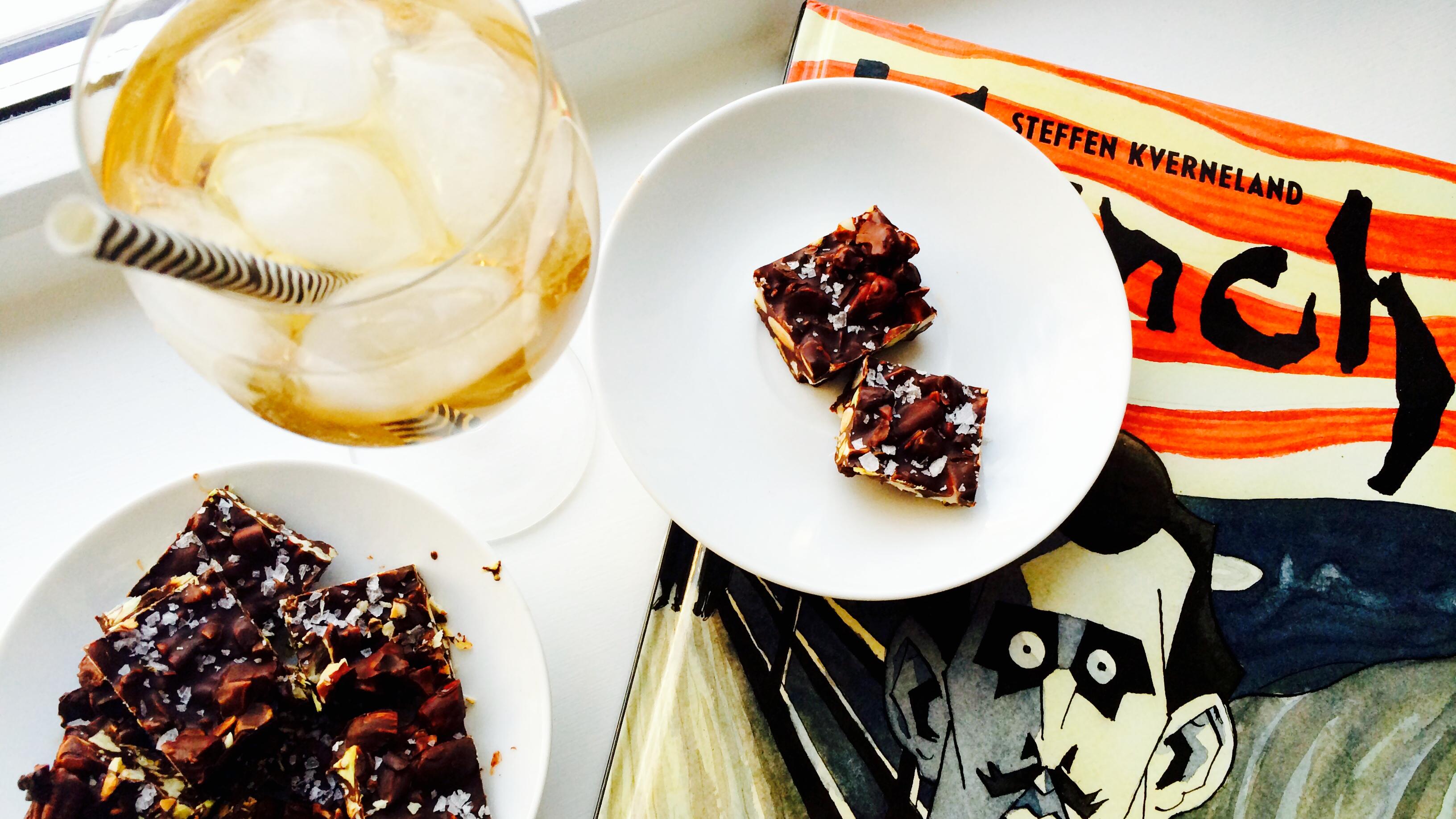 Mørk nøttesjokolade med chilli & havsalt