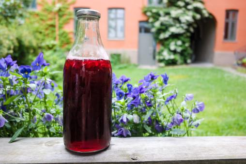 Er det noe som er bedre enn et stort glass hjemmelaget iste i sommervarmen?