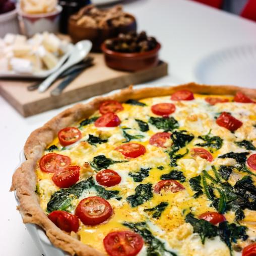 Om det finnes en perfekt pai, så tør jeg påstå at denne er pretty damn close. Spinat, feta og gode tomater - yum!