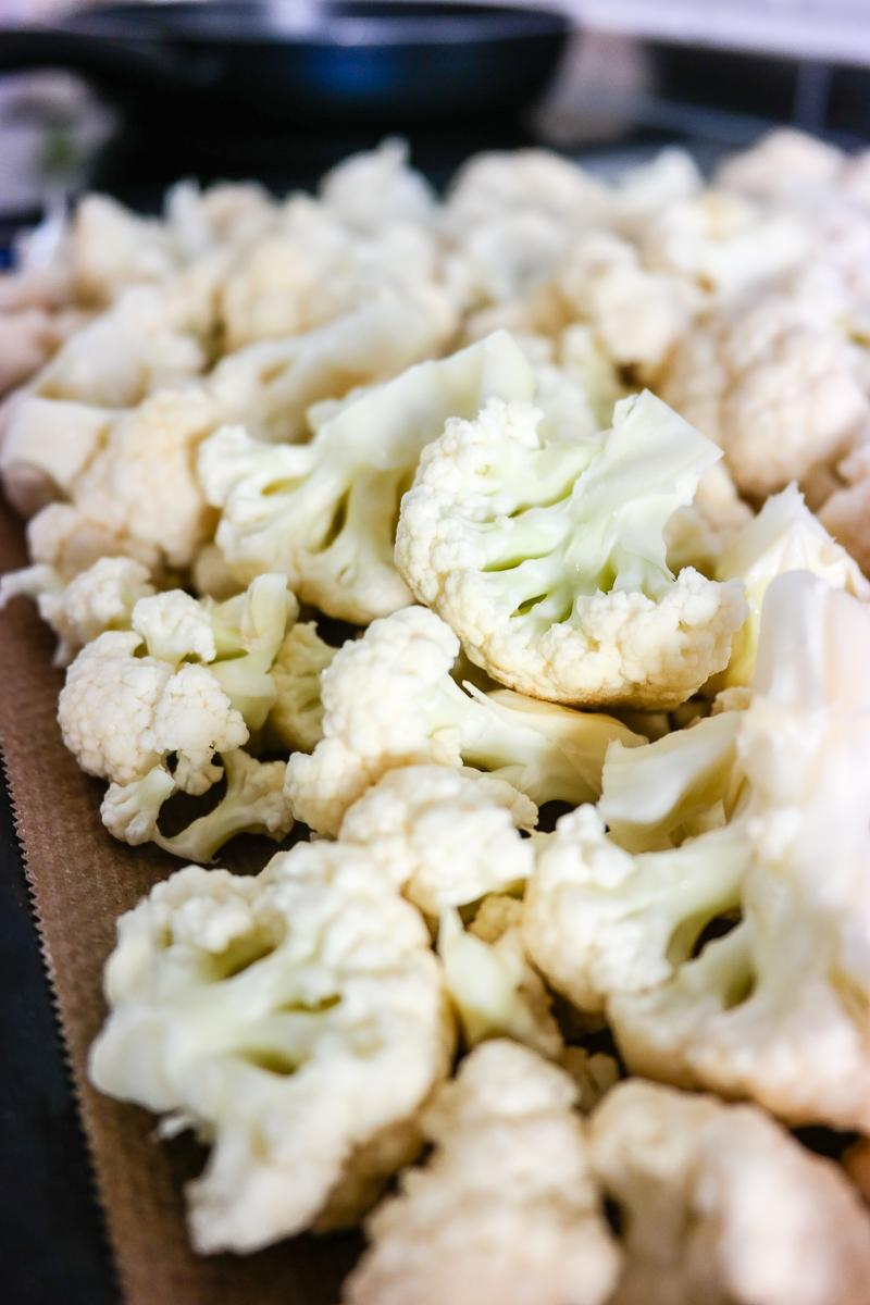 Prøv noe nytt med blomkål! Glem den ihjelkokte, vassne grønnsaken - la den heller bli sprø og saftig i ovn.