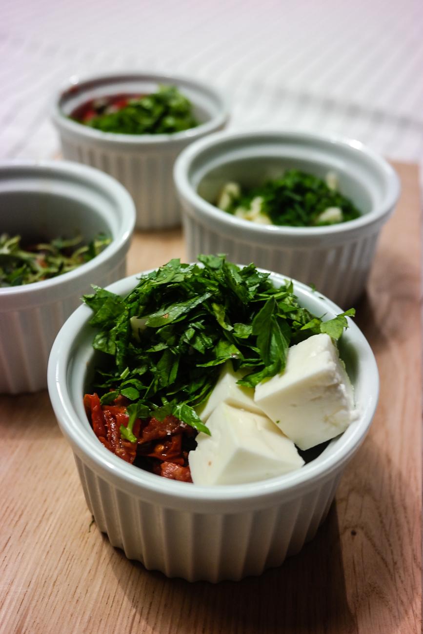 Vil du lære deg å lage linsekaker? Bruk denne grunnoppskriften, og tilsett det du har lyst på av krydder, urter og smak!