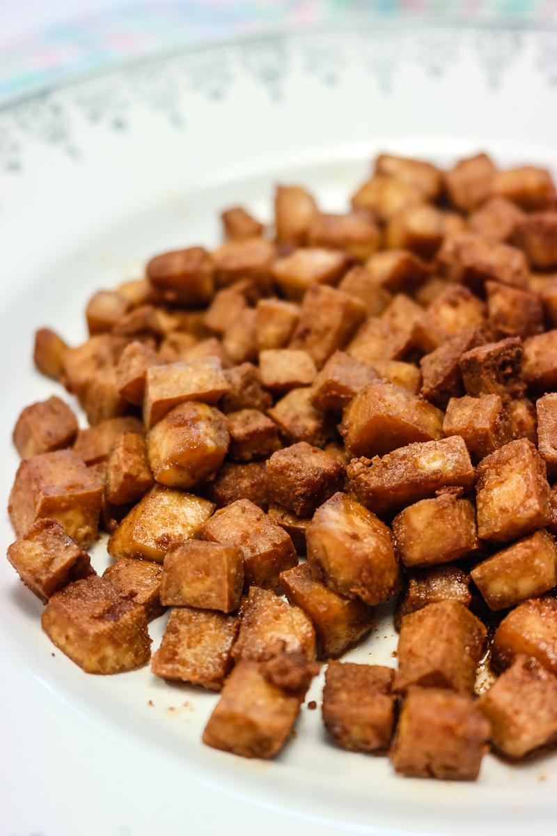 No pigs needed for en salt og crunchy smak! Facon er alle veganeres bestevenn til søndagsfrokosten, når alle andre spiser egg og bacon, og her er Bonanzas variant.
