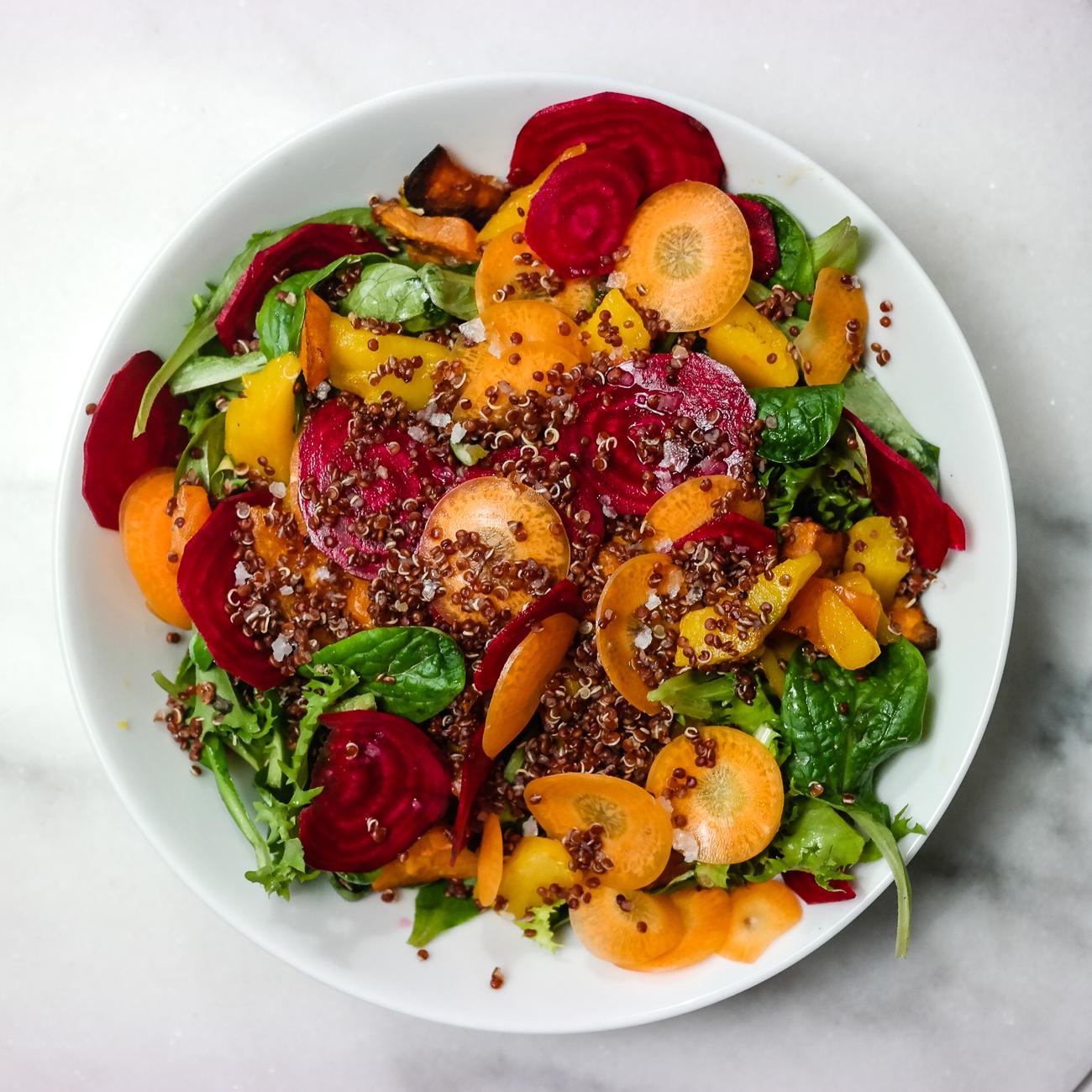 Friske grønnsaker blir den beste salaten!