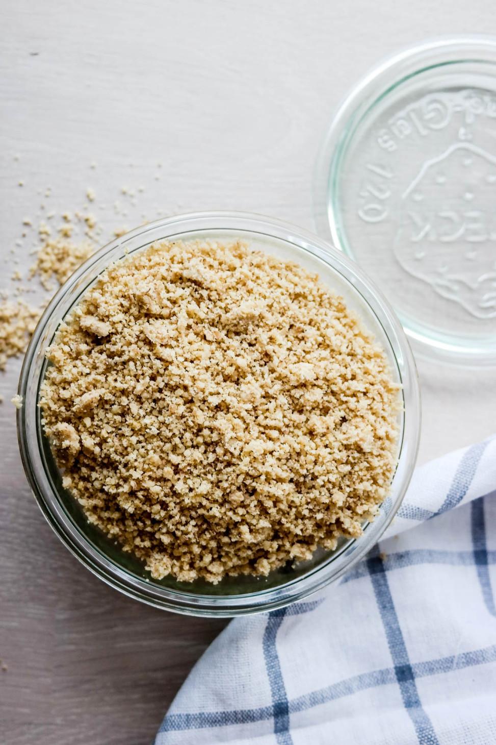 Nøtter kan aldri bli ost, men denne med valnøtter kan definitivt være en umami-bombe på pastaen.