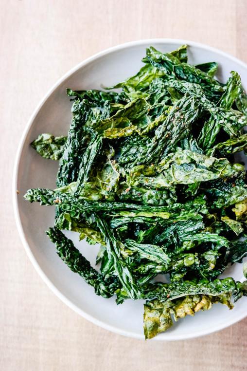 Det er bare å lære seg å uttale det først som sist, for grønnkålchips med shichimi togarashi er din nye favorittsnacks!