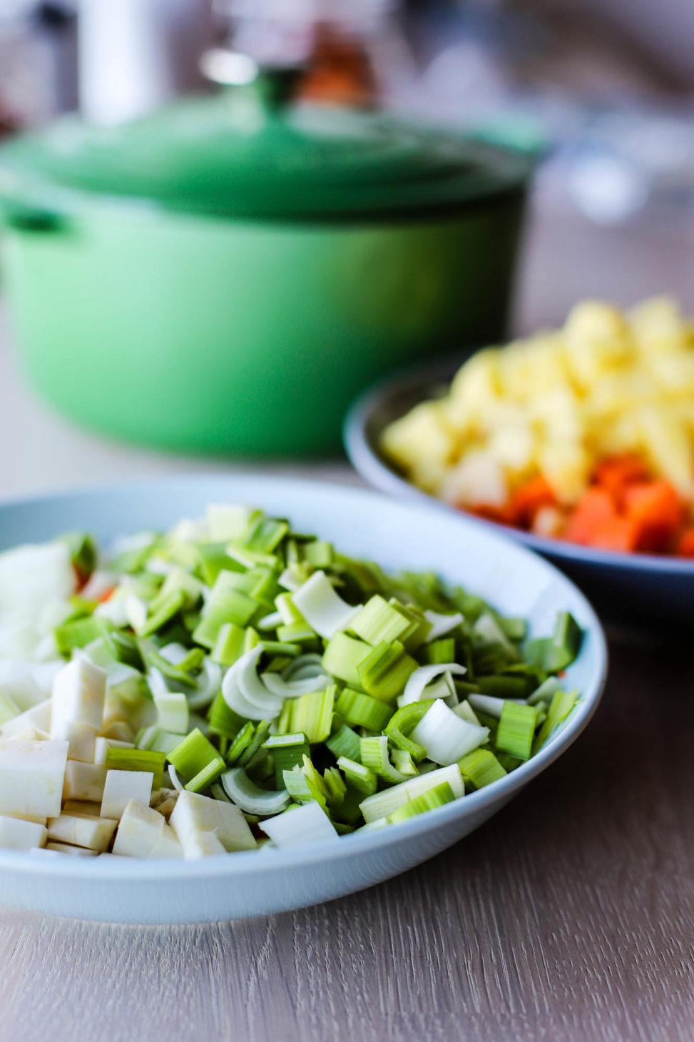 Grønnsakslapskaus er ordentlig varmende og deilig mat - for ikke å snakke om fylt av gode minner!